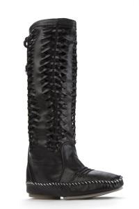 plait boots