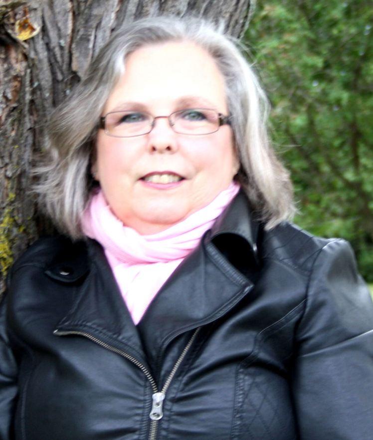 Melanie author photo cropped